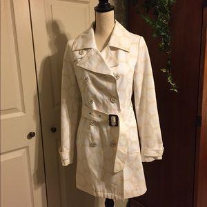 Merona trench coat size small